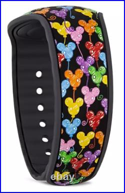 Disney Dooney & Bourke 10th Anniversary Balloons Limited Release MagicBand NEW