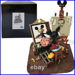 Disneyland Paris Mickey Mouse & Walt Disney Self Portrait Painting Figurine NEW