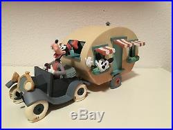 Extremely Rare! Disney Mickey Mouse & Goofy Camping Demons & Merveilles Statue