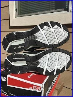 New balance M990DIS3 LTD 2015 Run Disney Mickey Mouse mens sneaker size 9.5